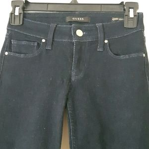NEW dark wash Guess skinny jeans size 23